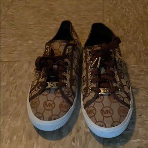 **Rare** Michael Kors MK overlay Sneakers